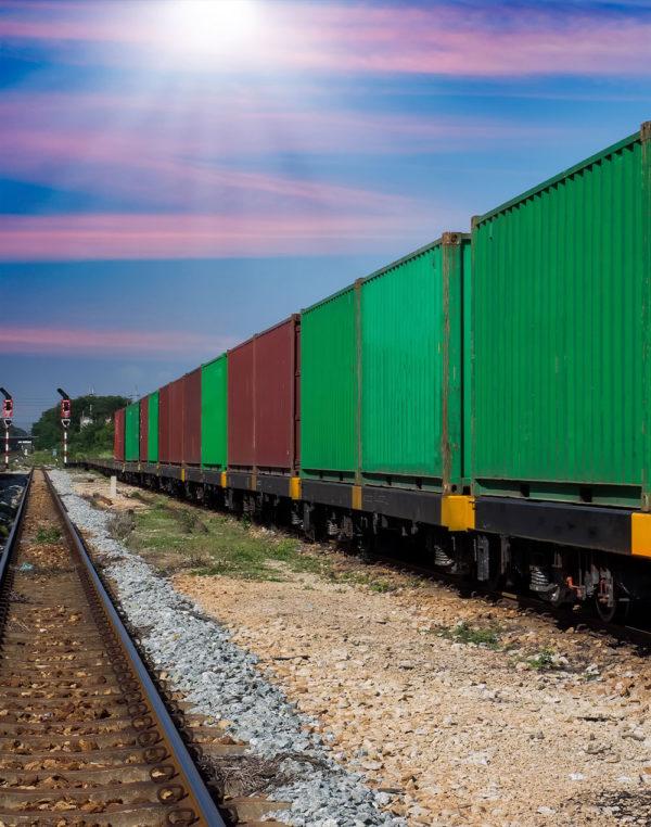 spedizione-merci-treno